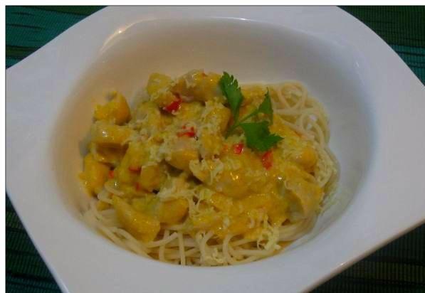 Spaghetti Con Pollo in Mango jalapeno sauce