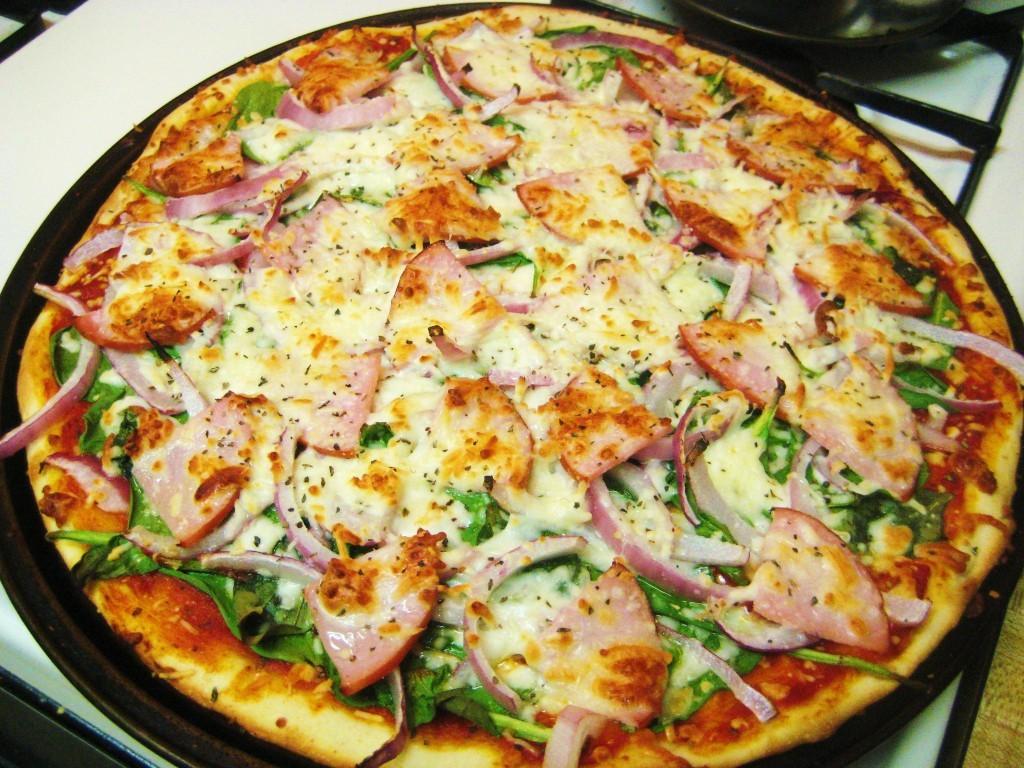 Spinach, Onion & Ham Pizza